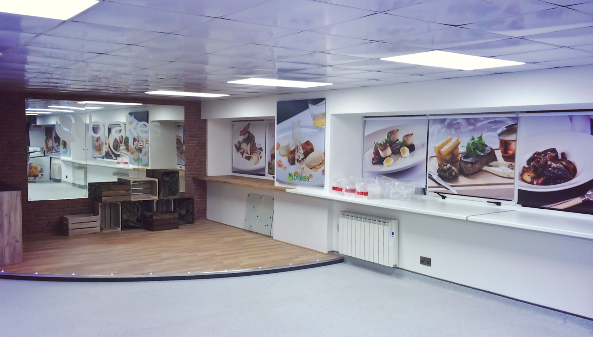 Brakes Kitchen Showroom Rmc Designco